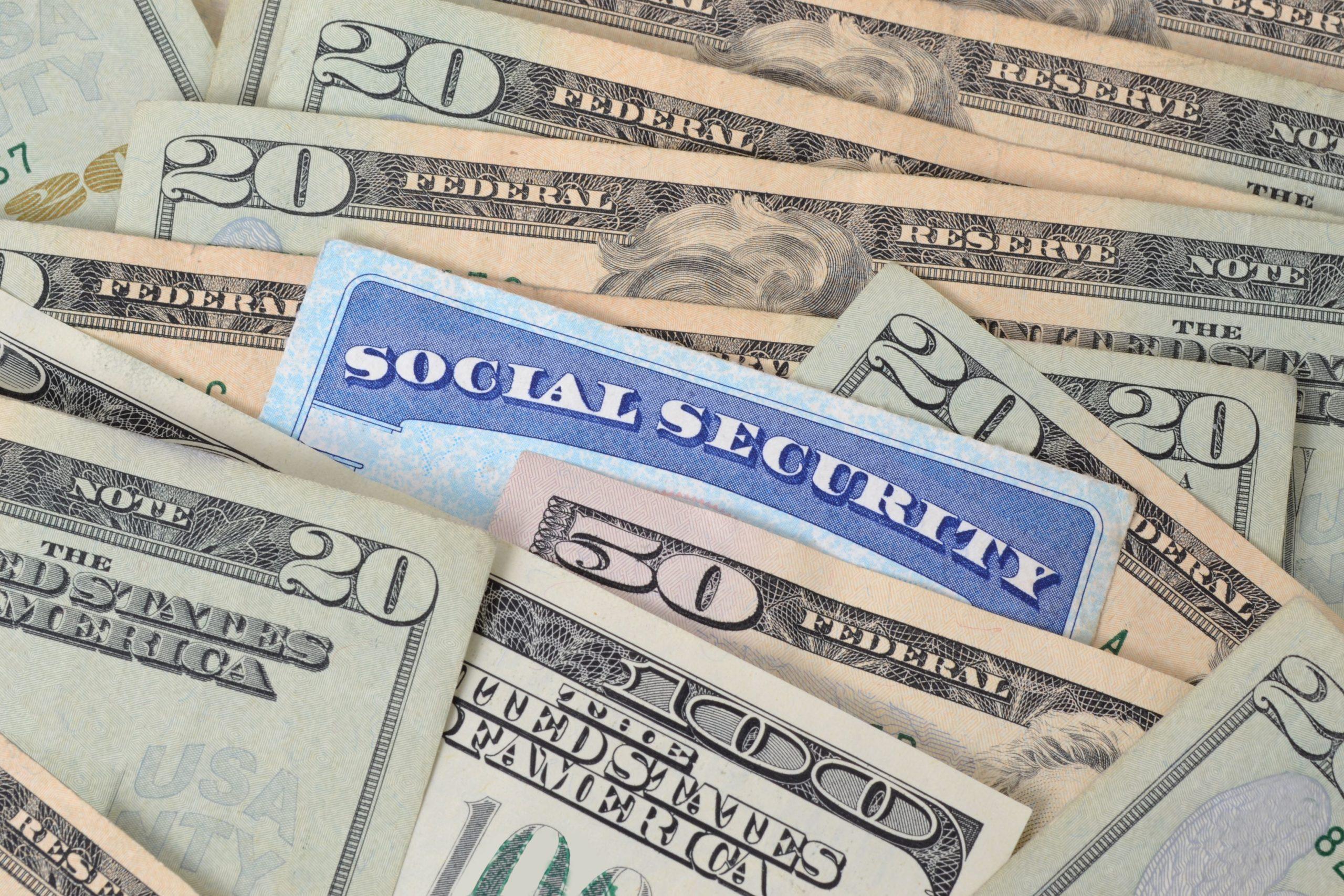 Beneficiarios estadounidenses del Seguro Social (SSI) empiezan a recibir hoy cheques de estímulo mediante depósito directo
