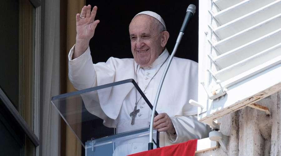 El Papa Francisco pide paz, justicia y vida digna a la Madre de la esperanza