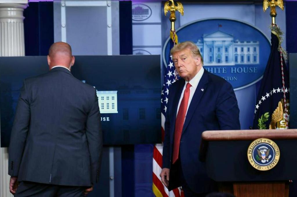 Un tiroteo cerca de la Casa Blanca interrumpió la conferencia de prensa de Trump