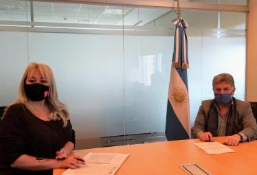 Nucleoeléctrica firmó un convenio marco con la fundación Papa Francisco