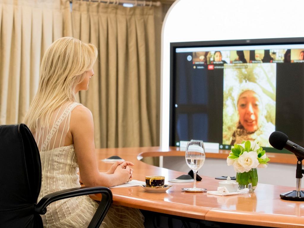La Primera Dama dialogó por videoconferencia con integrantes de comedores comunitarios