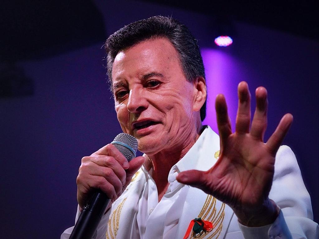 """Al igual que Frank Sinatra y su hija, Palito Ortega lanza versión de """"Something Stupid"""" con Rosario"""
