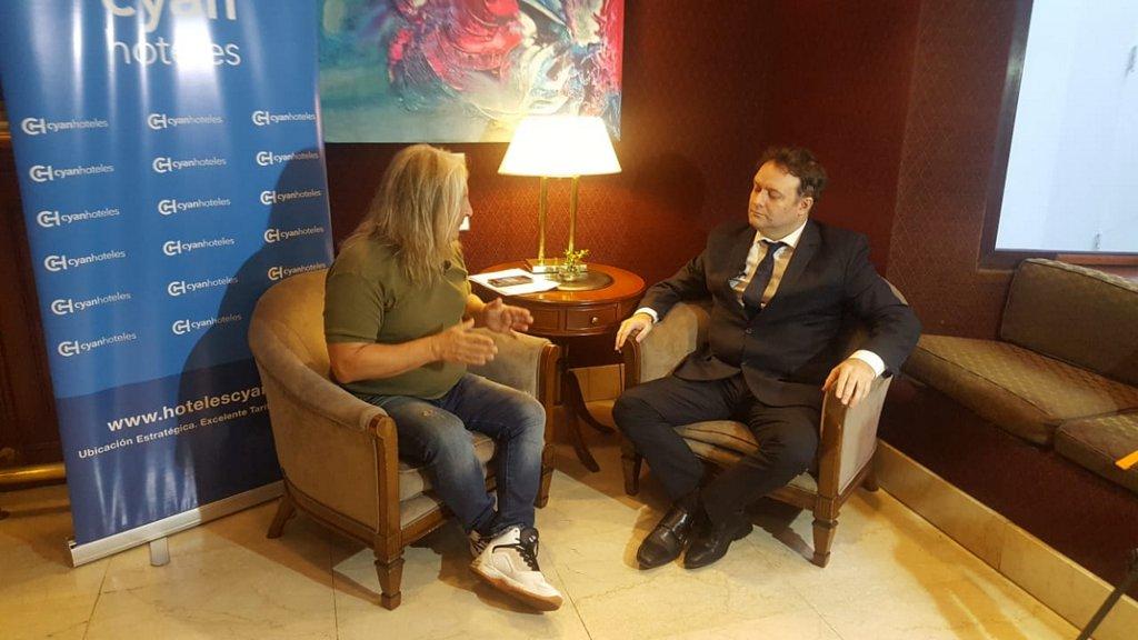 Entrevistas al Hueso