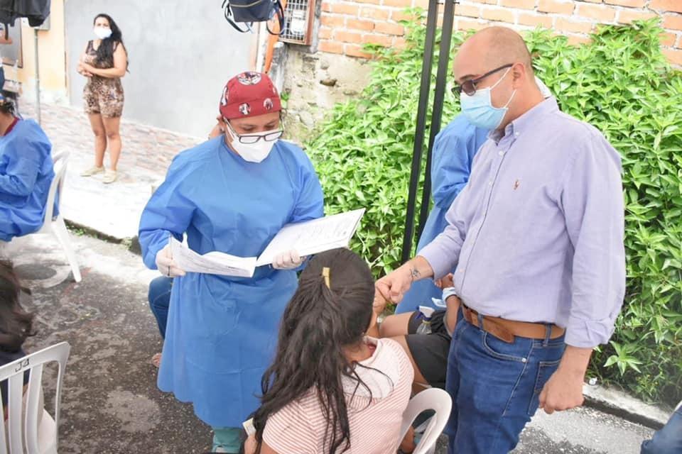 Exitosa respuesta de la Comuna 11 en la Jornada de Especialistas Llega al Territorio. 1
