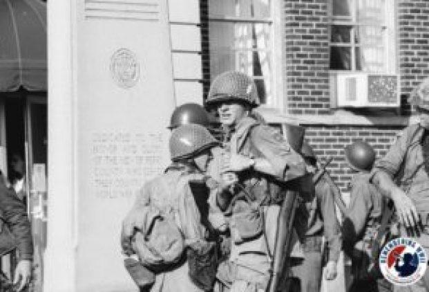 linden-soldiers-and-memorial