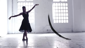 E-traces, sabatilles de ballet com pinzells de caligrafia