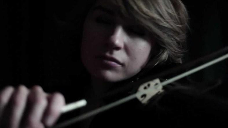 El violí de Taylor Davis