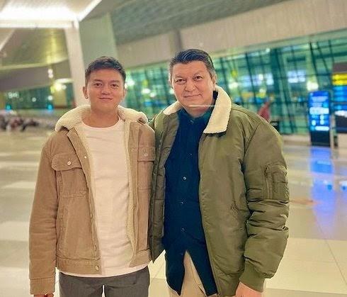 Antarkan Putranya Lanjutkan Pendidikan ke UK, Ini Pesan Komjen Rycko Untuk Sang Anak