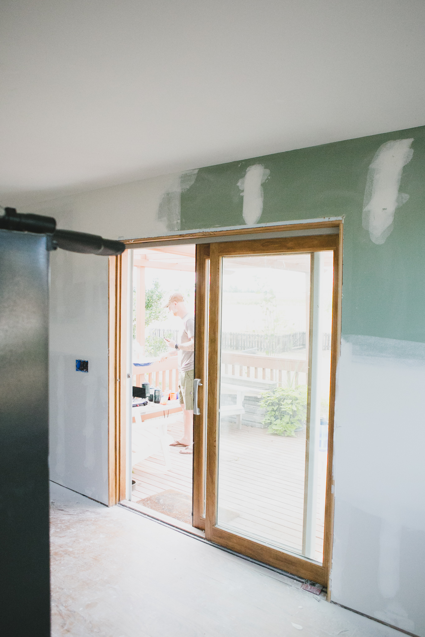 kitchen_win_door-2