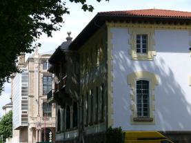 Vistas parciales Edificio de Correos - Teatro Jofre - errol 29-06-2009 - F. Goiriz