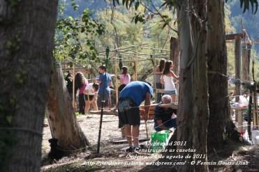 LUGNASAD 2011 - CONSTRUCCIÓN DAS CASETAS DOS CLANS - CEDEIRA 24 DE AGOSTO DE 2011 - FOTOGRAFÍA POR FERMÍN GOIRIZ DÍAZ (21)