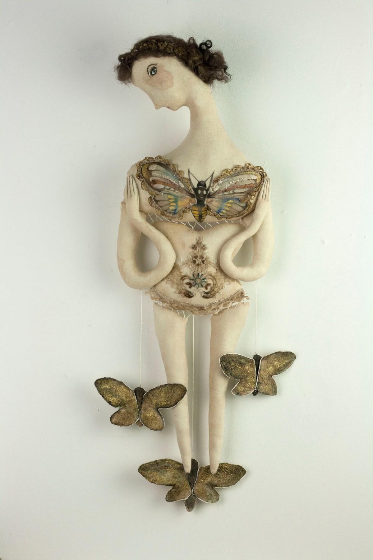 malmhin-moth-fae-01