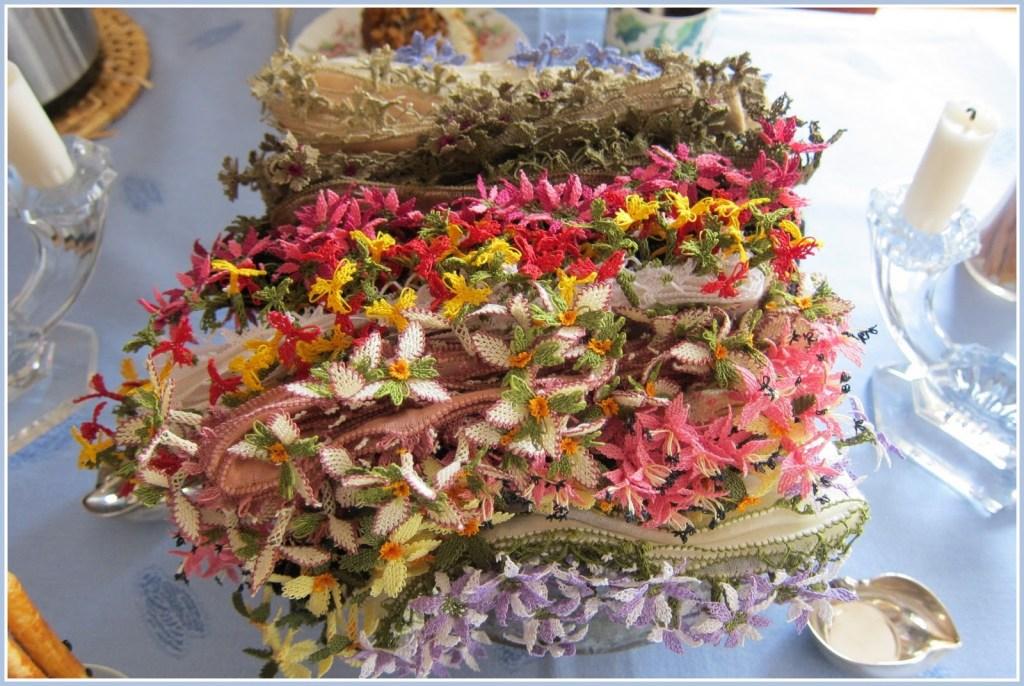 a bouquet of oya