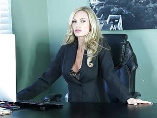Goddess Stella Sol – Office Succubus