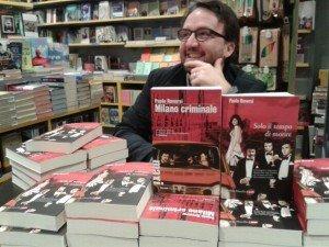 Firmacopie alla libreria Puccini
