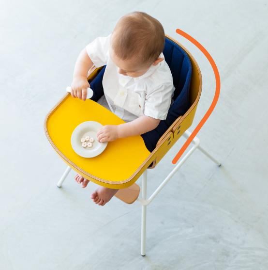 カトージ ベビーチェア レストランハイチェア Cozy(コージー)赤ちゃんを包み込む形状