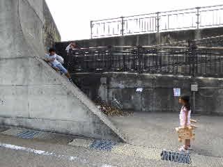 壁の前の斜めの部分横