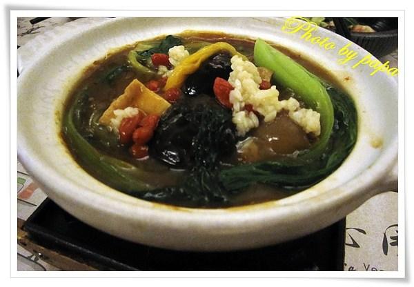 台中|素食  寬心園大業店 ,精緻蔬食素食 保證老人家也喜歡