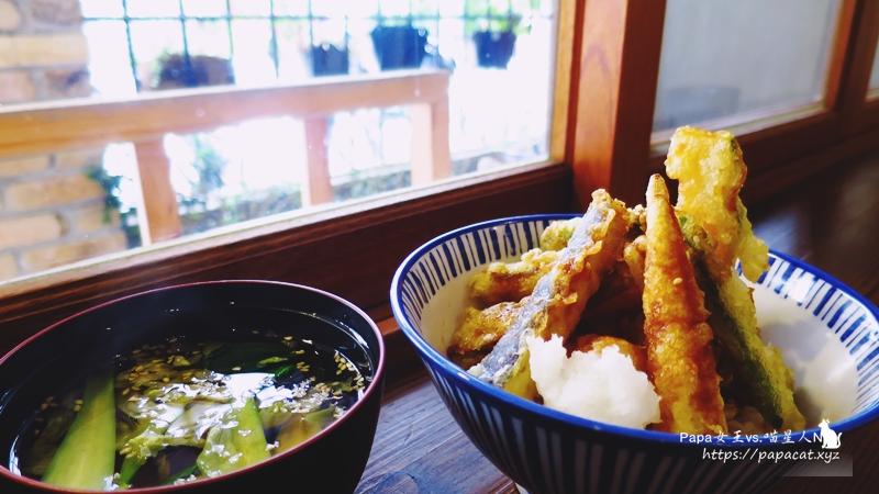 台中|素食   子梧桐 日式烏龍/日式丼飯 通通都是無肉料理 /全素/蛋奶素  繼續藏身在巷弄內走清淡風!