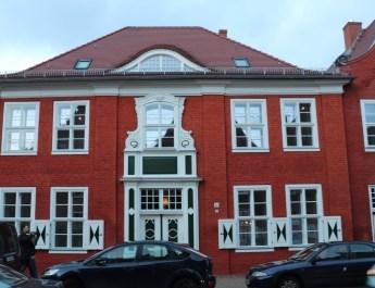 Typisches Traufenhaus im Holländischen Viertel