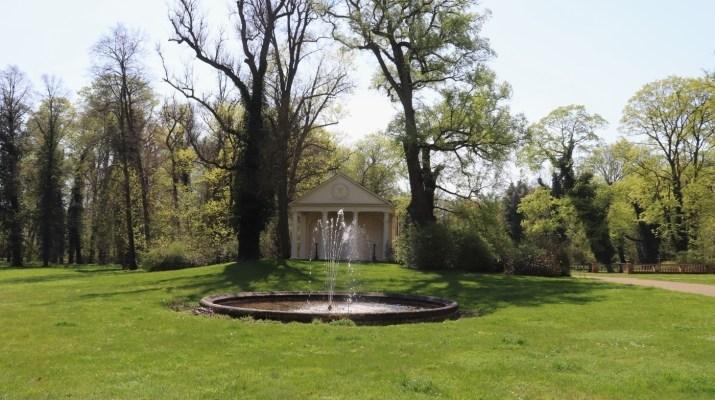 Park rund ums Schloss Steinhöfel