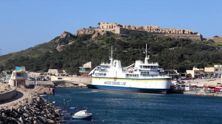 Der Hafen von Gozo