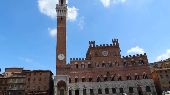 Der Palazzo Pubblico ist innen prächtig dekoriert