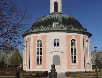 Der Berlischky-Pavillon diente einst als Grabkapelle für Hohenzollern