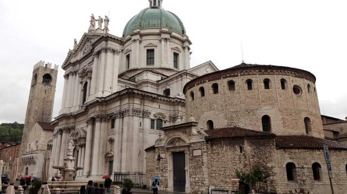 Neuer und alter Dom in Brescia