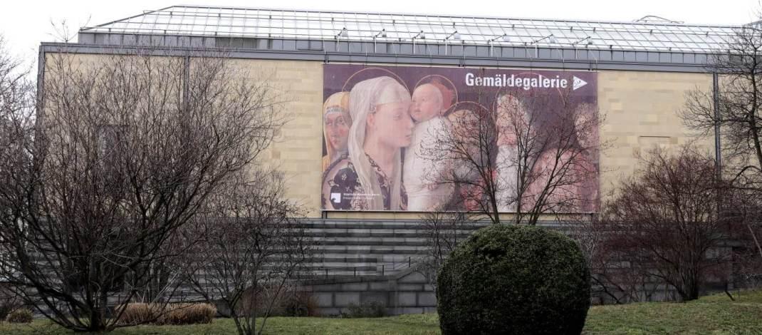 Seiteneingang zur Gemäldegalerie im Kulturform