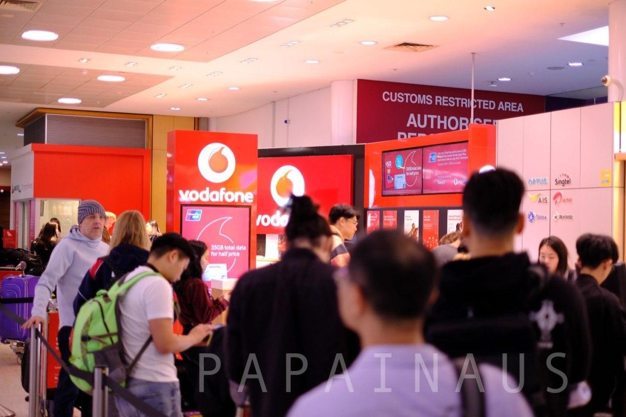 Vodafone携帯SIM購入シドニー空港