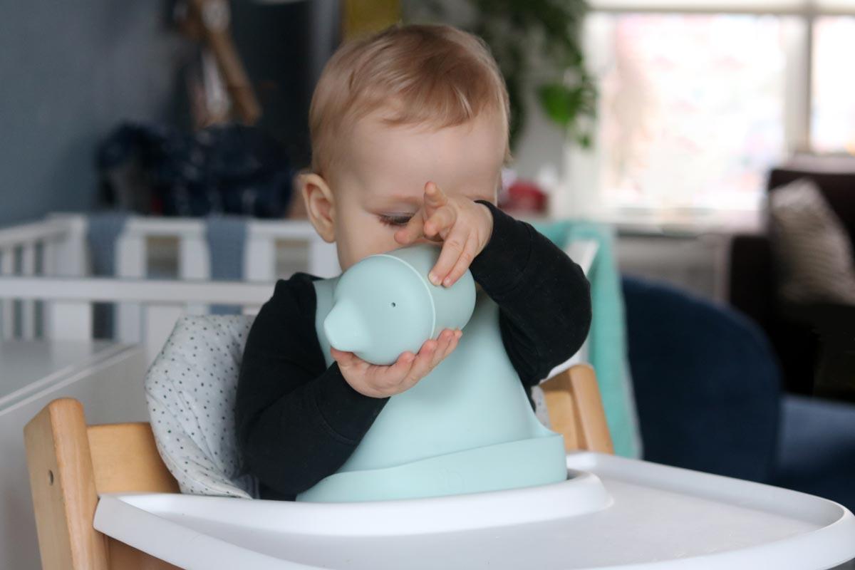 eten en drinken baby 9 maanden