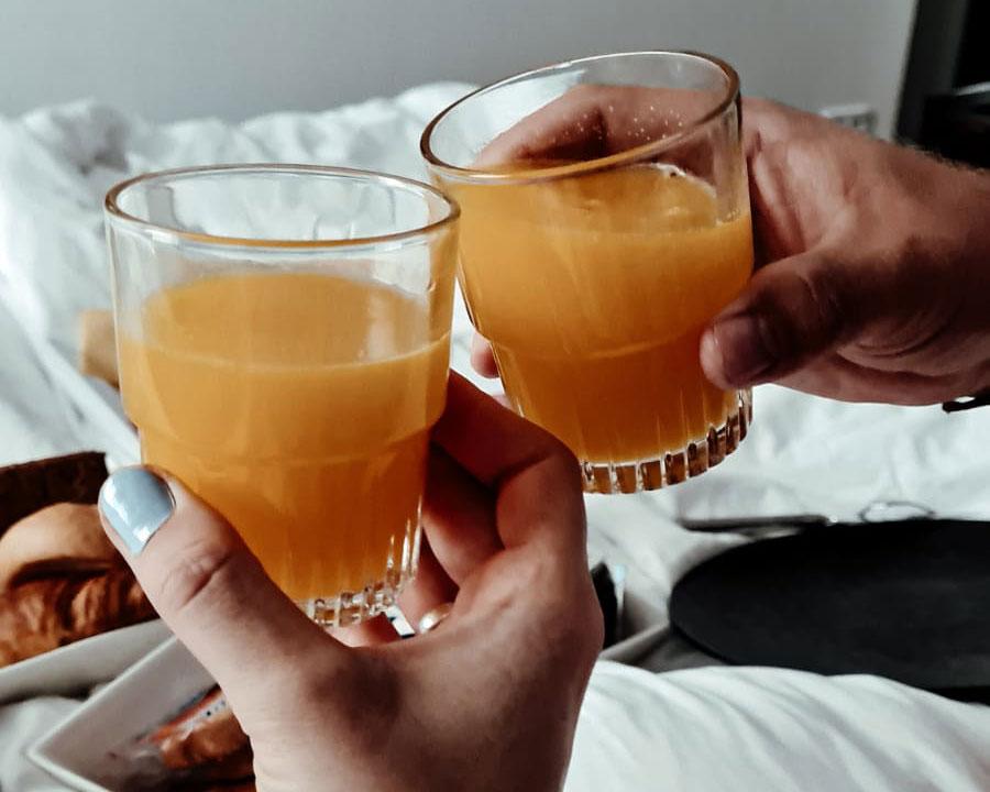 verse jus ontbijt leijhof room service