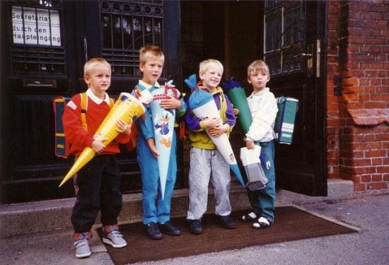Schulanfänger mit Schultüte
