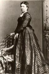 "Marie de HOLLANDE-LANDRIEU (x 2) 1838-1904 ""L'Heure"""