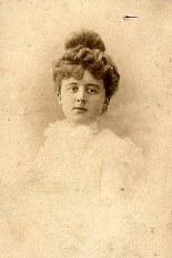 Thérèse LANDRIEU-BARTHAS (55)
