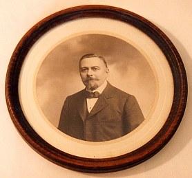 # 1906 - Gustave LANDRIEU (44)