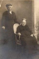1910 - Aurélie LEVOIR-LANDRIEU (x 4)