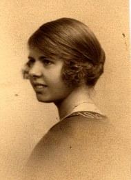 1915 - Florence LANDRIEU (172)