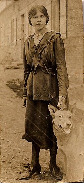 1916 - Florence LANDRIEU (172)
