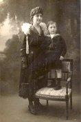 1918 - Gabrielle FISHER-LANDRIEU (x 57) et son fils Daniel (573)