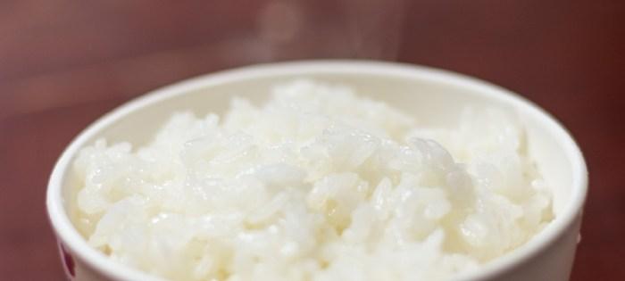 北海道産のお米「ゆめぴりか」は、ちょっとした贅沢。ごはんが立ち、モチっとした食感と、ほのかな甘さ。