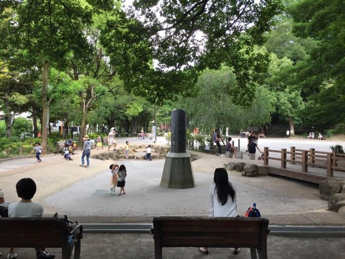 中根公園 池にはまだ水が入っていない