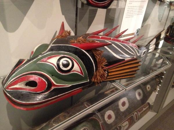 Display of a fish mask at the MOA