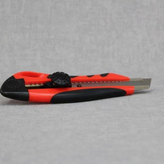 herramientas 497 - Cortador de plástico con refuerzo