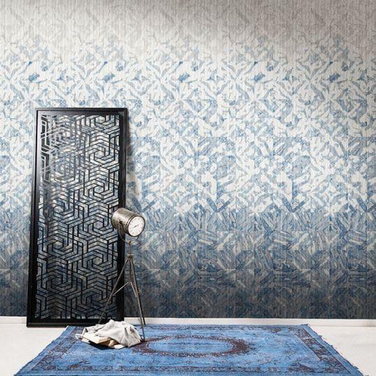 Panel para pared colocado en habitación de la colección JV151 Shibori