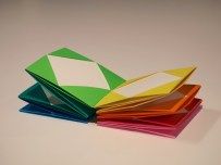 colorful origami accordion rainbow arcobaleno kusudama
