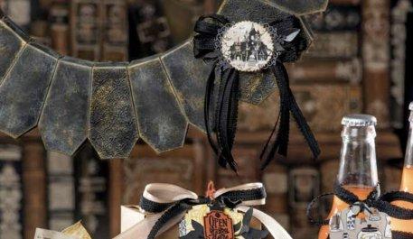 Coffin Wreath, Halloween decor,  Halloween DIY wreath, stampin up, Halloween fun,