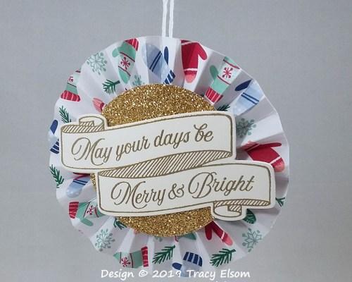 P92 Merry & Bright Rosette Decoration