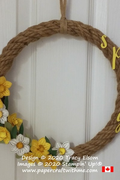 Create a spring wreath with daffodils & narcissus using the Floral Essence Stamp Set, Perennial Flower Punch and Hand-Lettered Prose Dies by Stampin' Up! #papercraftwithme